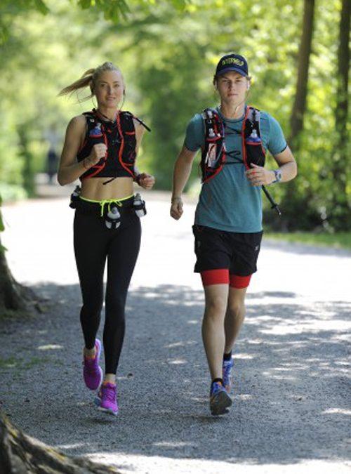 Quer durch Bulgarien – Prinzessin Lilly und Prinz Heinrich Donatus laufen für Interhelp